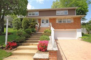 Photo of 35 East Entry Road, Staten Island, NY 10304 (MLS # 1123325)
