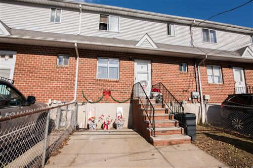 Photo of 9 Deruyter Place, Staten Island, NY 10303 (MLS # 1142328)