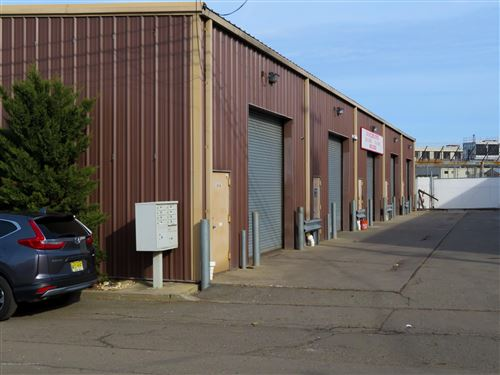 Photo of 141 Industrial Loop, Staten Island, NY 10309 (MLS # 1134333)