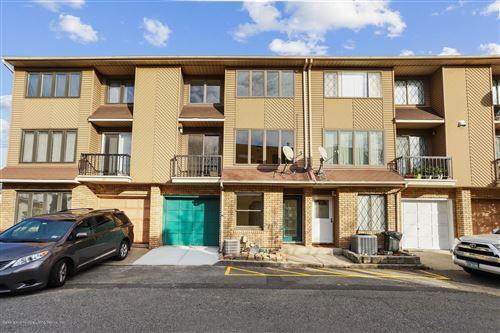 Photo of 9 Andrea Court, Staten Island, NY 10312 (MLS # 1142334)