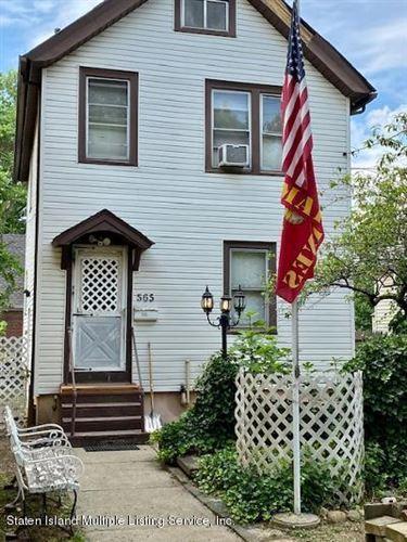 Photo of 565 Cary Avenue, Staten Island, NY 10310 (MLS # 1138340)