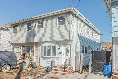 Photo of 123 Lamport Boulevard, Staten Island, NY 10305 (MLS # 1142346)