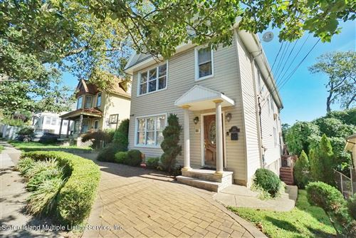 Photo of 450 Home Avenue, Staten Island, NY 10305 (MLS # 1149362)