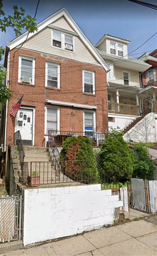 Photo of 442 Westervelt Avenue, Staten Island, NY 10301 (MLS # 1139373)