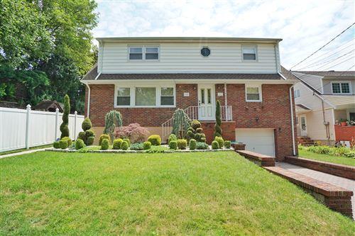Photo of 348 Maryland Avenue, Staten Island, NY 10305 (MLS # 1138379)