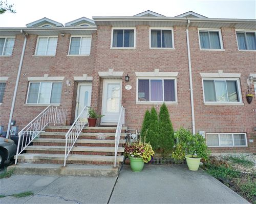 Photo of 35 Lillie Lane, Staten Island, NY 10314 (MLS # 1139380)