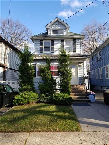 Photo of 127 Woodbine Avenue, Staten Island, NY 10314 (MLS # 1142385)