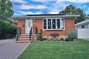 Photo of 153 Ogorman Avenue, Staten Island, NY 10306 (MLS # 1132389)
