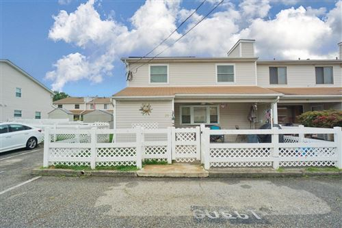Photo of 29 Anita Street, Staten Island, NY 10314 (MLS # 1139392)