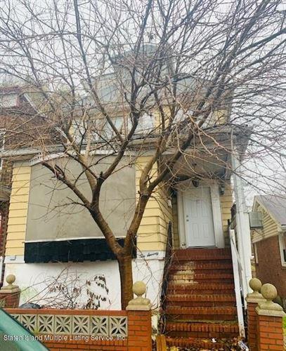 Photo of 270 Glen Avenue, Staten Island, NY 10301 (MLS # 1142396)