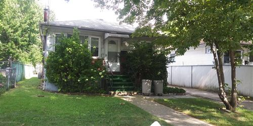 Photo of 375 South Avenue, Staten Island, NY 10303 (MLS # 1139398)