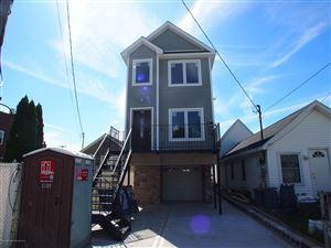 Photo of 500 Midland Avenue, Staten Island, NY 10306 (MLS # 1132405)