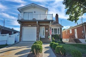 Photo of 233 Mallory Avenue, Staten Island, NY 10305 (MLS # 1132411)