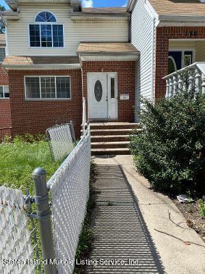 Photo of 190 Highland Avenue, Staten Island, NY 10301 (MLS # 1149413)