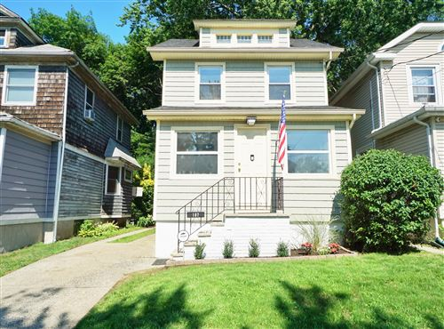Photo of 187 Raymond Place, Staten Island, NY 10310 (MLS # 1138414)