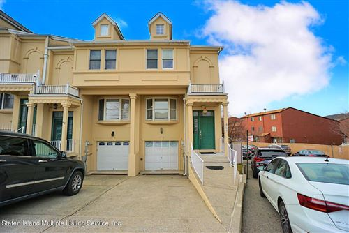 Photo of 64 Garretson Lane, Staten Island, NY 10304 (MLS # 1143426)