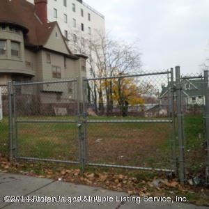 Photo of 65 Central Ave, Staten Island, NY 10301 (MLS # 1146429)