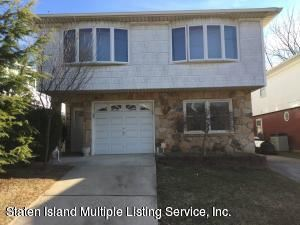 Photo of 43 Grissom Avenue, Staten Island, NY 10314 (MLS # 1125437)