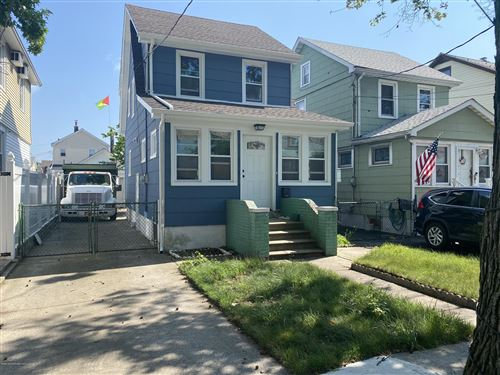Photo of 17 Ellington Street, Staten Island, NY 10304 (MLS # 1138441)