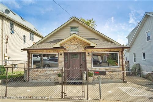 Photo of 452 Home Avenue, Staten Island, NY 10305 (MLS # 1149451)