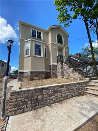 Photo of 344 Clarke Avenue, Staten Island, NY 10306 (MLS # 1136455)