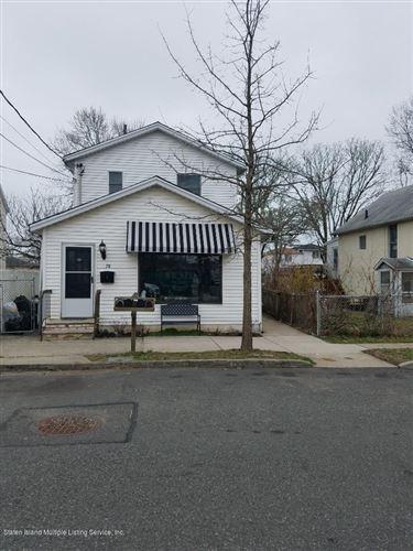 Photo of 78 Winham Avenue, Staten Island, NY 10306 (MLS # 1136468)