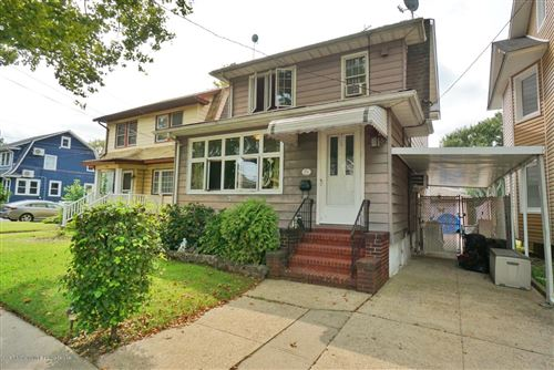 Photo of 556 Bement Avenue, Staten Island, NY 10310 (MLS # 1140496)