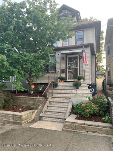 Photo of 40 Hatfield Place, Staten Island, NY 10302 (MLS # 1140510)