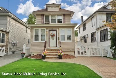 Photo of 20 Home Place, Staten Island, NY 10302 (MLS # 1140514)