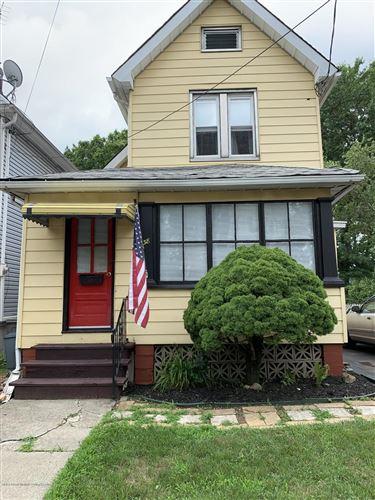 Photo of 38 Ordell Avenue, Staten Island, NY 10302 (MLS # 1138521)
