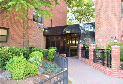 Photo of 145 Lincoln #4j Avenue, Staten Island, NY 10306 (MLS # 1138524)