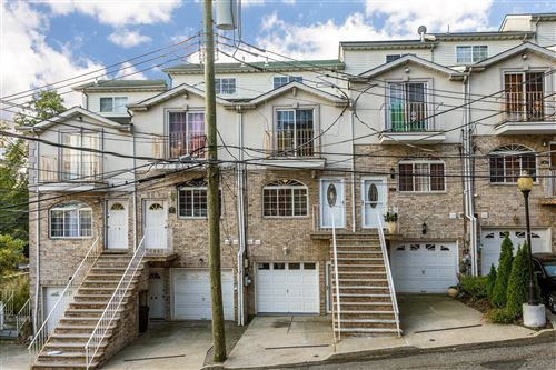 Photo of 20 Jake Court, Staten Island, NY 10304 (MLS # 1133526)