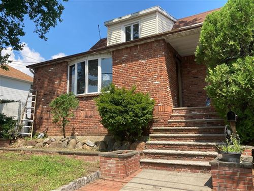 Photo of 433 Yetman Avenue, Staten Island, NY 10307 (MLS # 1137527)