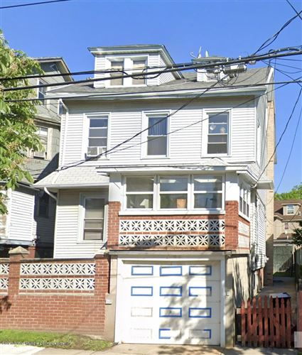 Photo of 27 Townsend Avenue, Staten Island, NY 10304 (MLS # 1141529)