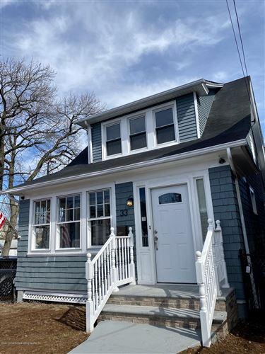 Photo of 33 Renfrew Place, Staten Island, NY 10303 (MLS # 1136534)