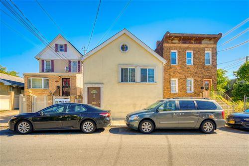 Photo of 191 Harbor Road, Staten Island, NY 10303 (MLS # 1141536)