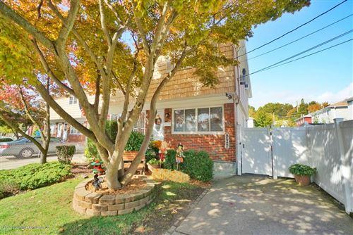 Photo of 9 Cletus Street, Staten Island, NY 10305 (MLS # 1141552)