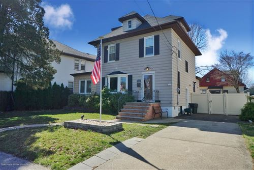 Photo of 92 Steele Avenue, Staten Island, NY 10306 (MLS # 1136567)