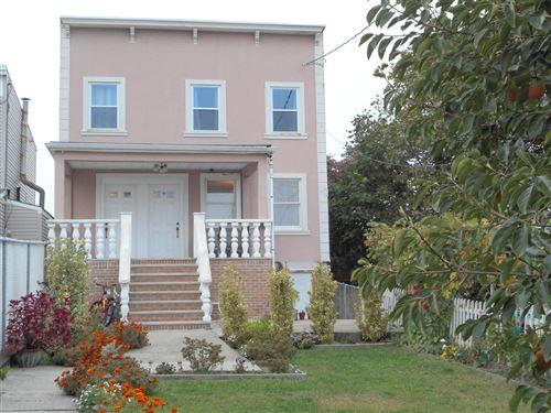 Photo of 109 St Marys Avenue, Staten Island, NY 10305 (MLS # 1141571)