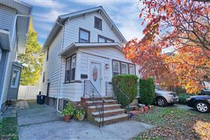 Photo of 19 Manor Road, Staten Island, NY 10310 (MLS # 1133582)