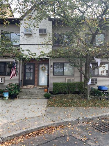 Photo of 360 Barlow 21a Avenue #21a, Staten Island, NY 10308 (MLS # 1140583)