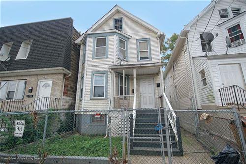 Photo of 139 Eaton Place, Staten Island, NY 10302 (MLS # 1141595)