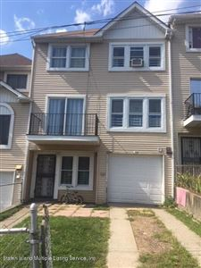 Photo of 22 Tappen Court, Staten Island, NY 10304 (MLS # 1131597)