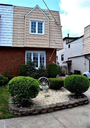 Photo of 418 Colon Avenue, Staten Island, NY 10308 (MLS # 1136635)
