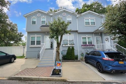 Photo of 18 Crown Court, Staten Island, NY 10312 (MLS # 1140635)