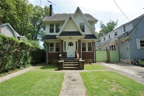 Photo of 20 Glenwood Place, Staten Island, NY 10310 (MLS # 1140641)