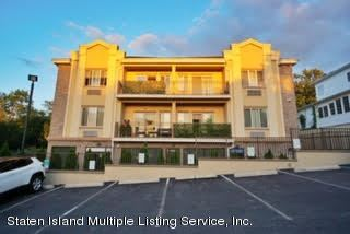 Photo of 1235 Forest Hill 2e Road #2e, Staten Island, NY 10314 (MLS # 1140661)