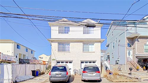 Photo of 137 Grimsby Street, Staten Island, NY 10305 (MLS # 1140664)