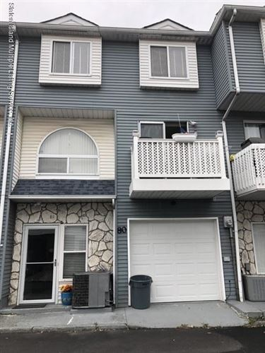 Photo of 80 Country S Drive, Staten Island, NY 10314 (MLS # 1141679)