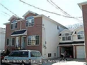 Photo of 14 Pebble Lane, Staten Island, NY 10305 (MLS # 1122683)